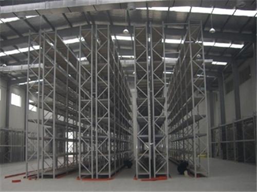 充分利用空间的立体仓库及立体仓库的一些特点
